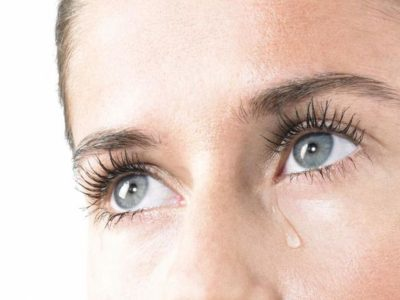 gf-mcA2-FtGq-W2hQ_lzawienie-oczu-przyczyny-664x442-nocrop
